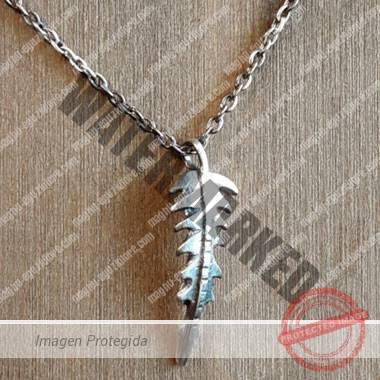joya espina en cadena de plata