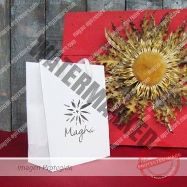 presentación regalo Maghú Eguzkilore